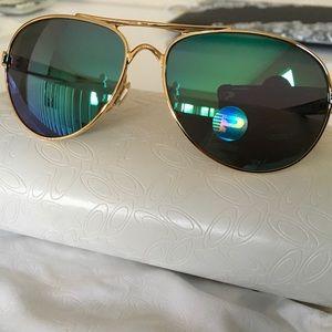 Authentic Oakley 'Breakers' women's sunglasses